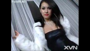 Clipuri porno cu pasarici putin flocoase