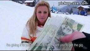 Frumusete de fata turista fututa la busteni la pensiune