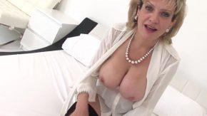 Xvideos com cu femei milf care se masturbeaza