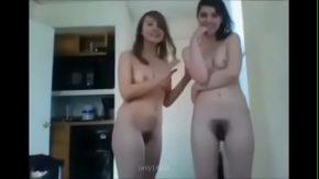 Video cu doua femei cu floci