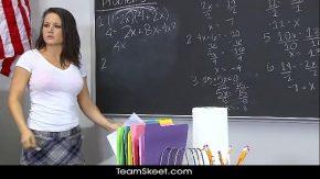 Sex la scoala cu o pizda ce nu stie matematica deloc