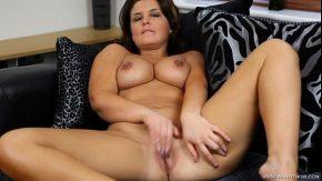 Film porno erotic cu sotia xxx cand se freaca la pasarica